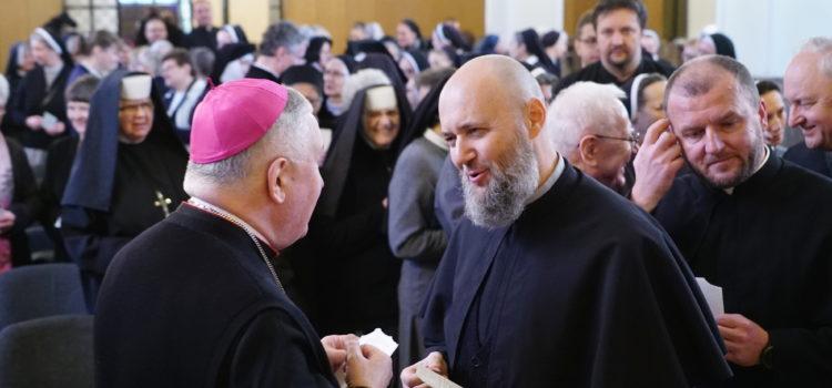 Spotkanie opłatkowe zprzedstawicielami wspólnot zakonnych