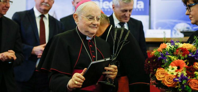 Nagroda im.ks.bp. Romana Andrzejewskiego dla abp. Henryka Hosera