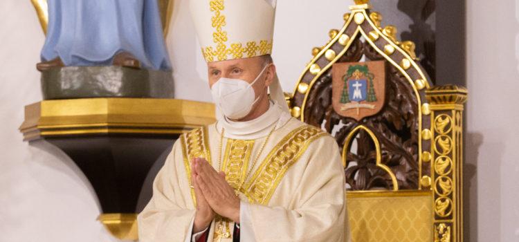 Msza dziękczynna zaposługę Bpa Marka Solarczyka wdiecezji warszawsko-praskiej