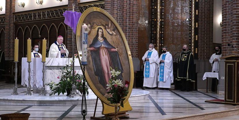 BpKamiński: Maryja czyni wielkie rzeczy dzięki mocy Boga