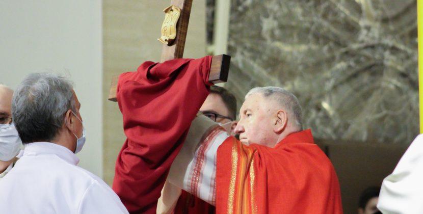 BpKamiński: posłuszeństwo Pana Jezusa otworzyło nam bramy raju