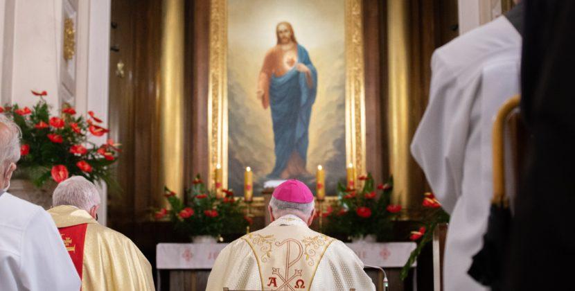 Diecezjalne zawierzenie Sercu Pana Jezusa