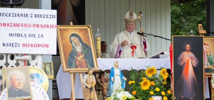 Msza Święta nazakończenie XIII Pieszej Pielgrzymki zWarszawy doOstrówka